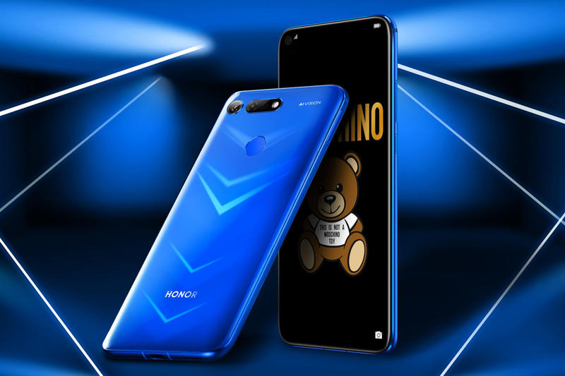 HONOR View20 Smartphone Moschino Collaboration Phantom Red Blue