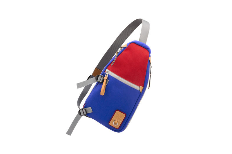 LOEWE Eye Nature Collection Shoulder Bag Red Blue