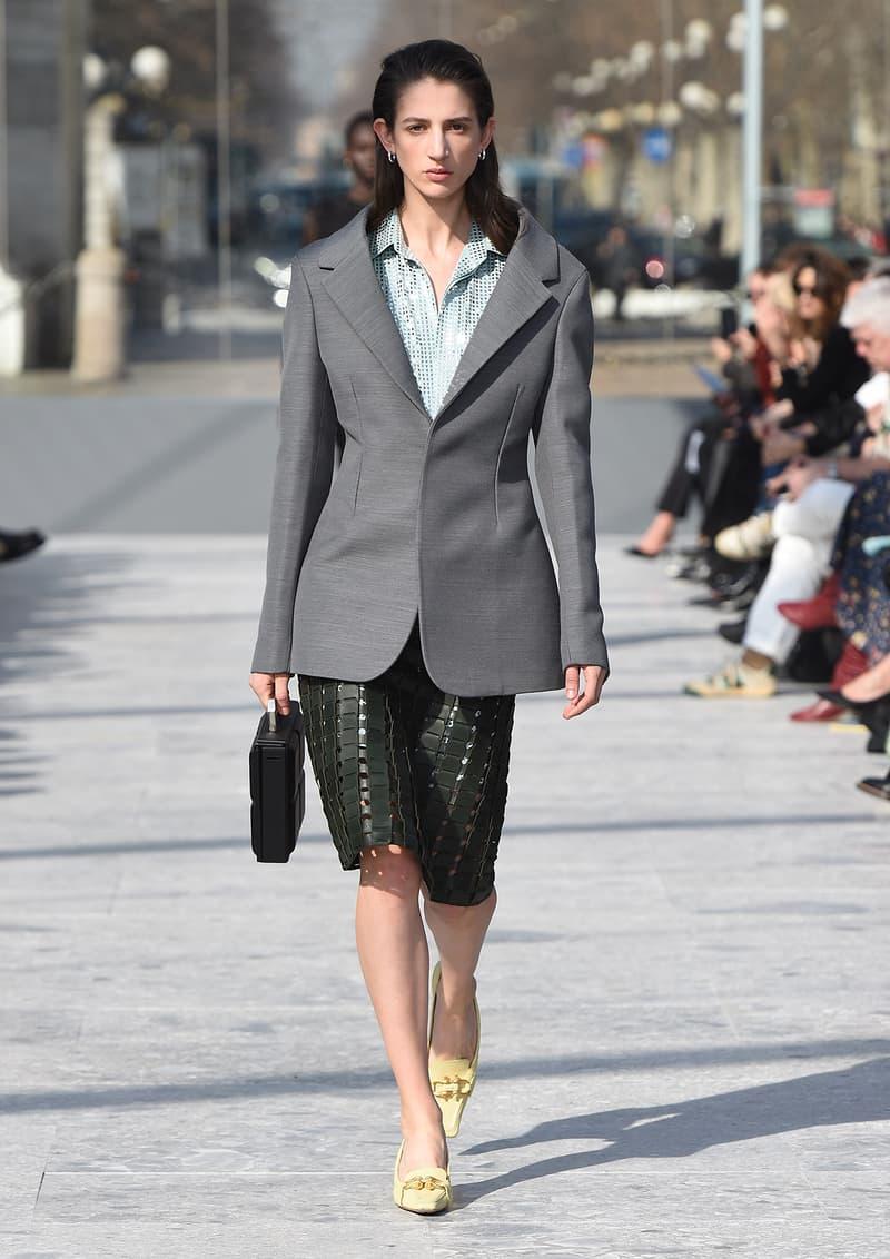 Bottega Veneta Milan Fashion Week Fall Winter 2019 FW19 Daniel Lee Debut Runway Show grey blazer skirt