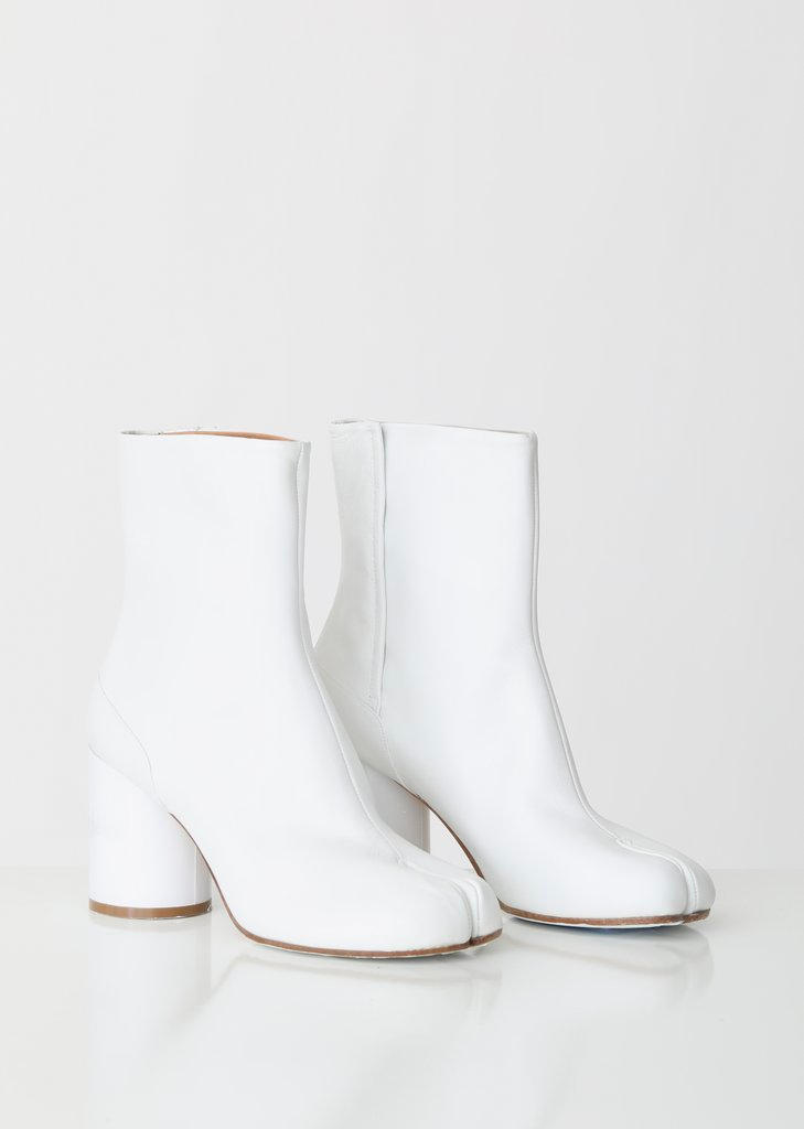 Maison Margiela White Tabi Boots Hologram Heels Numbers Logo La Garçonne 2019 Boot