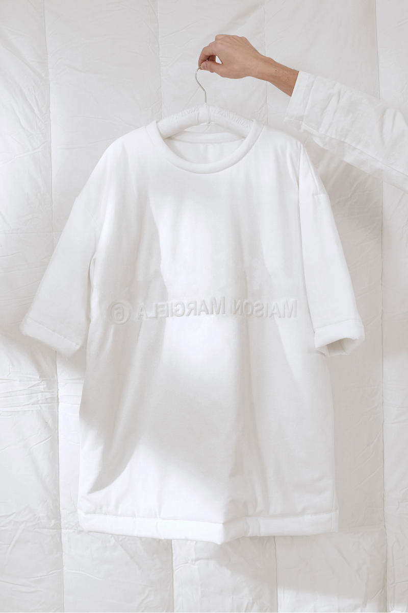 MM6 Maison Margiela See-Now Buy-Now Capsule Range White Five Pieces Padded Shirt Bag