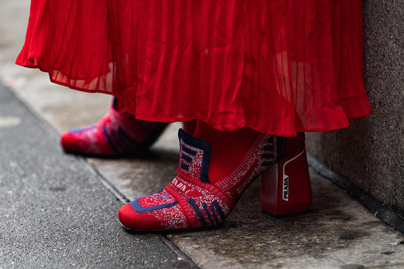 new york fashion week nyfw fall winter 2019 fw19 street style bloggers influencers prada red heels