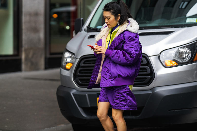 new york fashion week nyfw fall winter 2019 fw19 street style blogger influencer phone
