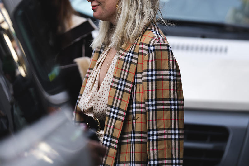 new york fashion week nyfw fall winter 2019 fw19 street style bloggers influencers burberry coat