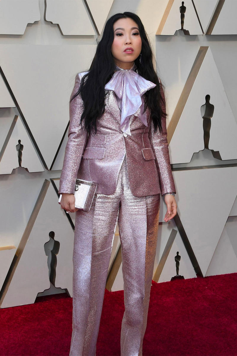 Oscars 2019 91st Academy Awards Red Carpet Awkwafina Nora Lum Crazy Rich Asians Purple Suit