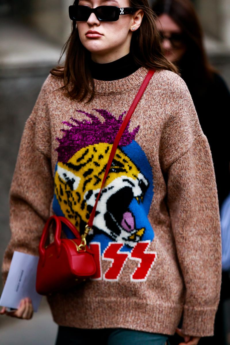 Paris Fashion Week Street Style Fall Winter 2019 Sweater Brown Red Purple
