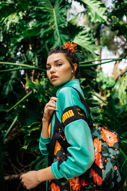 Green Puma x Sue Tsai Women/'s Collaboration Leadcat Slides /'CHERRY BOMBS/' Pink