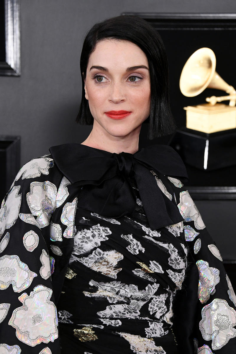 St. Vincent Annie Clark Grammys 61st Grammy Awards 2019 Glam Dior Makeup Performance Guitar Rock