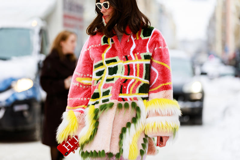 stockholm fashion week street style blogger influencer pink fur coat sunglasses
