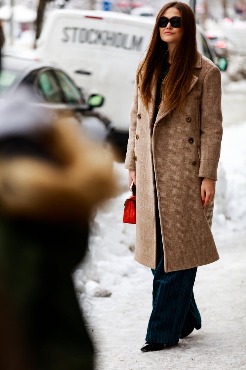 stockholm fashion week street style blogger influencer coat