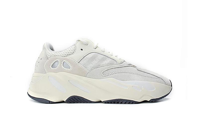 581a3f251f53c adidas Originals YEEZY BOOST 700 Analog
