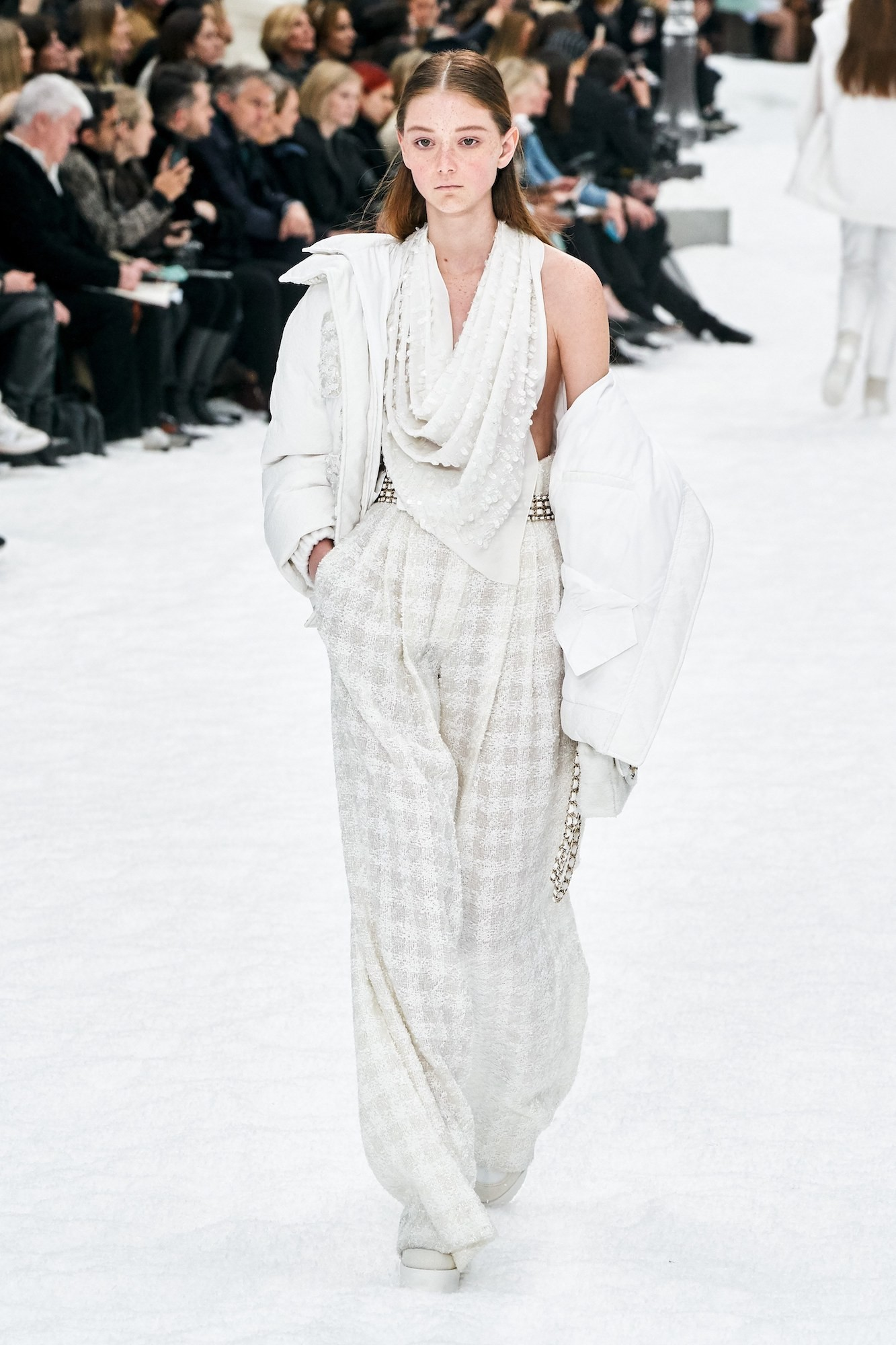 Chanel Pays Homage to Karl Lagerfeld at Paris FW