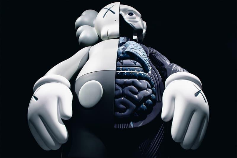 KAWS: ALONG THE WAY Hong Kong Exhibition Companion Sculpture Grey Black White
