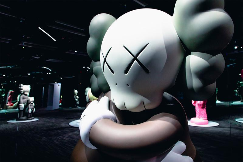 KAWS: ALONG THE WAY Hong Kong Companion Exhibition Sculpture Grey Cream Black