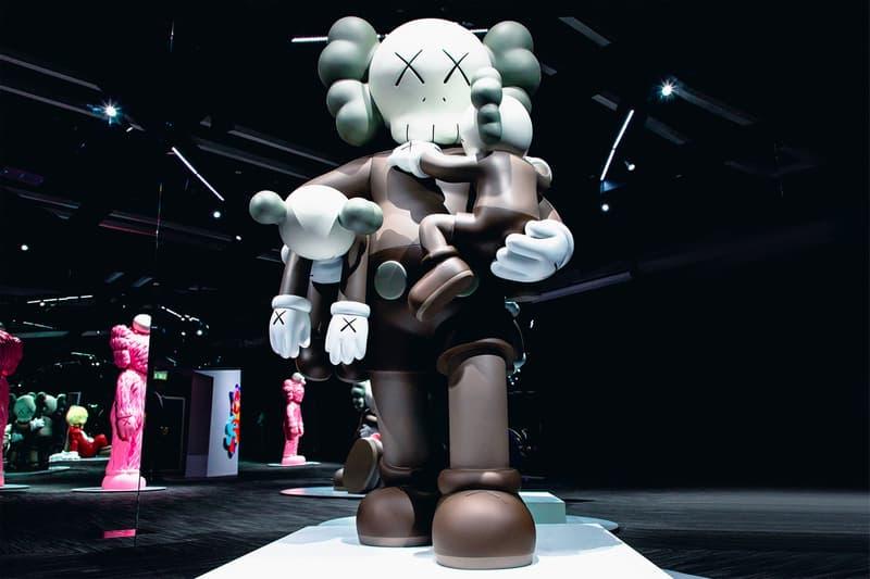 KAWS: ALONG THE WAY Hong Kong Exhibition Companion Sculpture Grey Cream Black