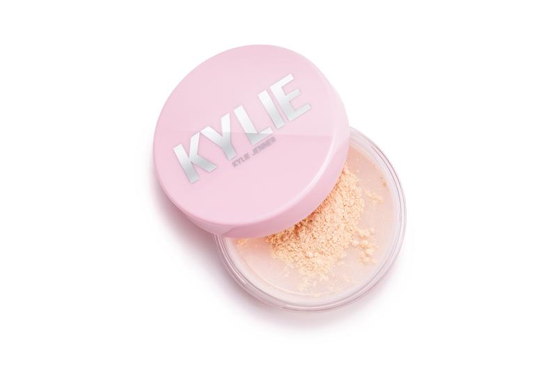 Kylie Jenner Launchest Kylie Cosmetics Setting Powder Makeup Lipgloss Release Date