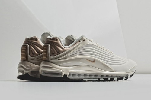 e8f9b3604 Nike s Air Max Deluxe SE Arrives in a Sleek