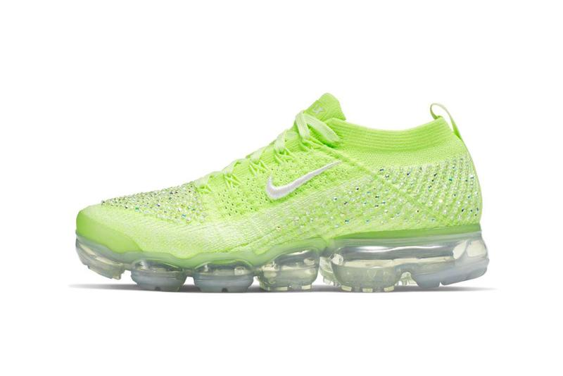 newest bb60a f2e41 Nike's Air VaporMax Flyknit 2