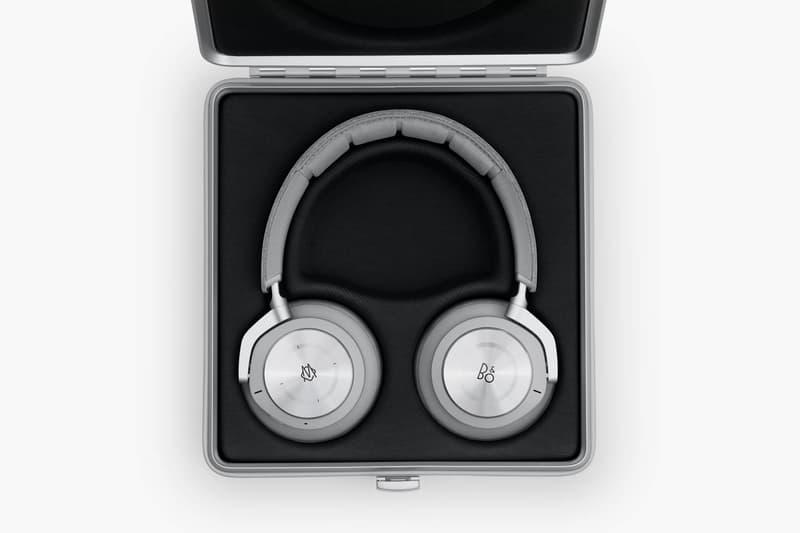RIMOWA Bang Olufsen Headphones Silver