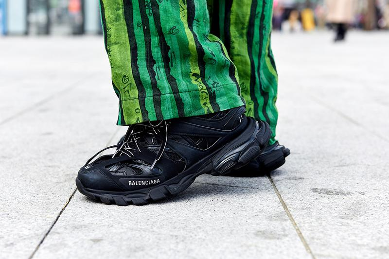 Seoul Fashion Week Fall/Winter 2019 Street Style Balenciaga Gucci Louis Vuitton Nike A Cold Wall Moschino
