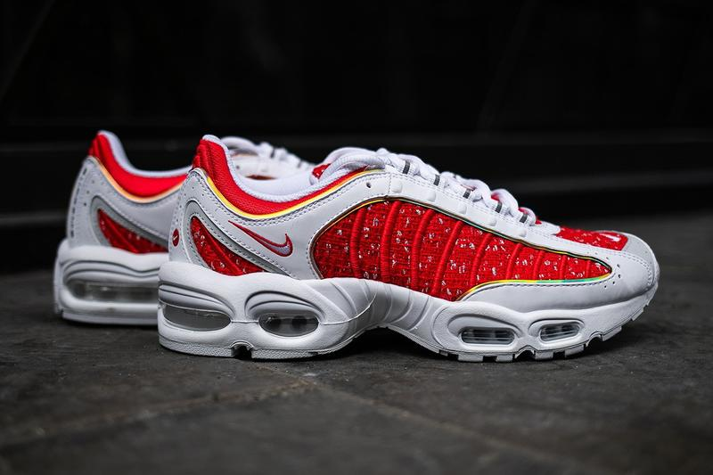 Supreme x Nike Air Max Tailwind 4 Red White