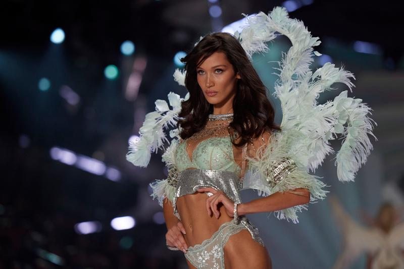 Victoria's Secret Closes 53 Stores Lingerie Profits Money Bad Sales Decline Controversy