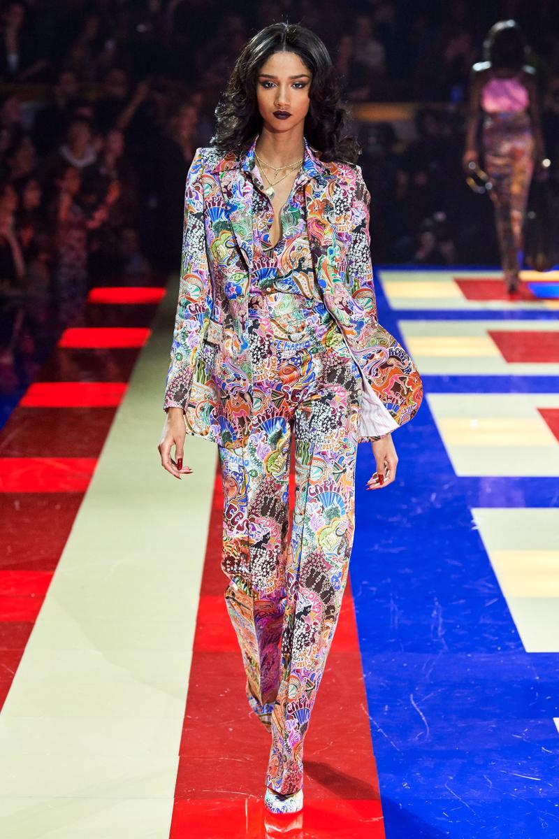 Tommy Hilfiger TommyNow Zendaya Spring 2019 Paris Fashion Week Show Collection Patterned Suit White Pink Blue