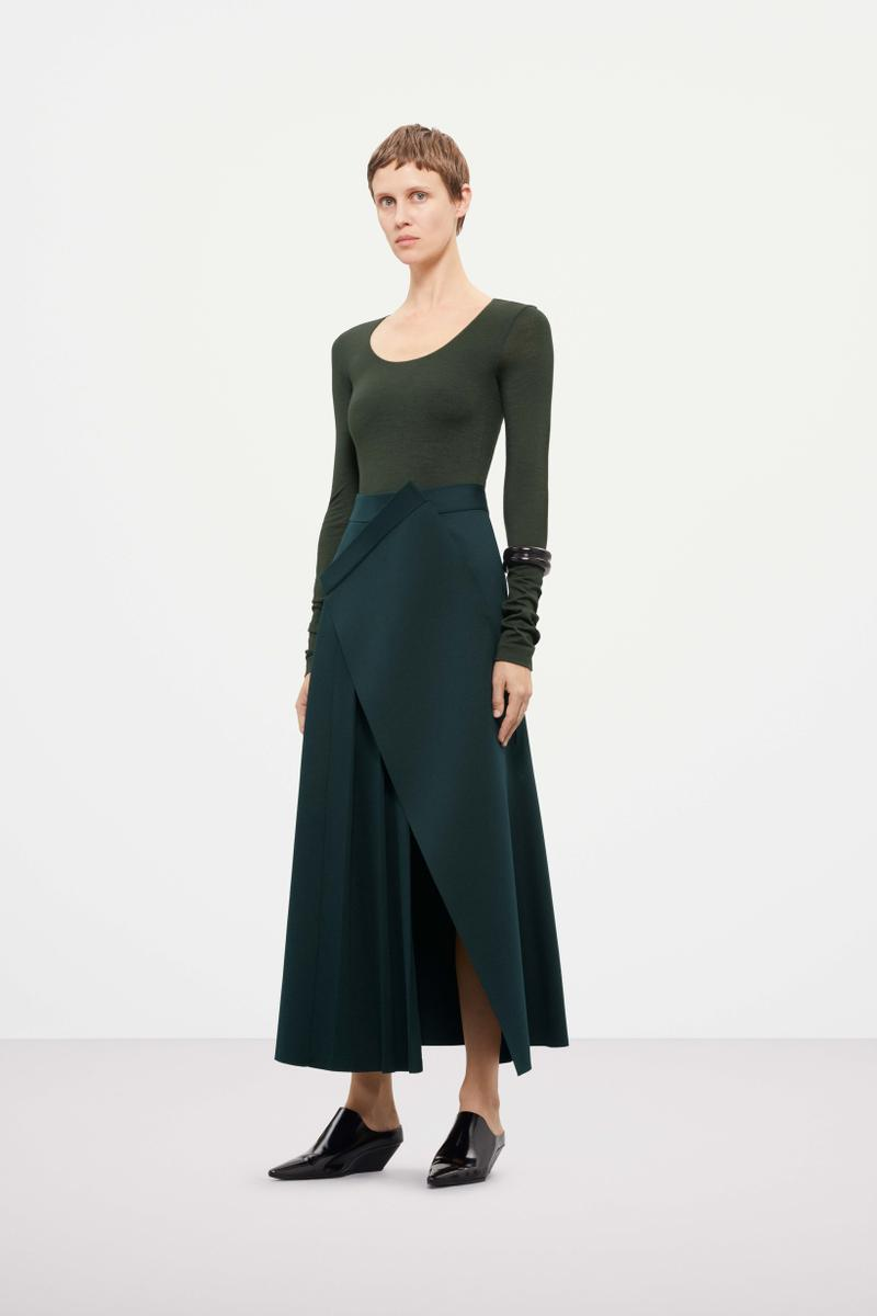 Cos Fall Winter 2019 Lookbook Top Black Skirt Green