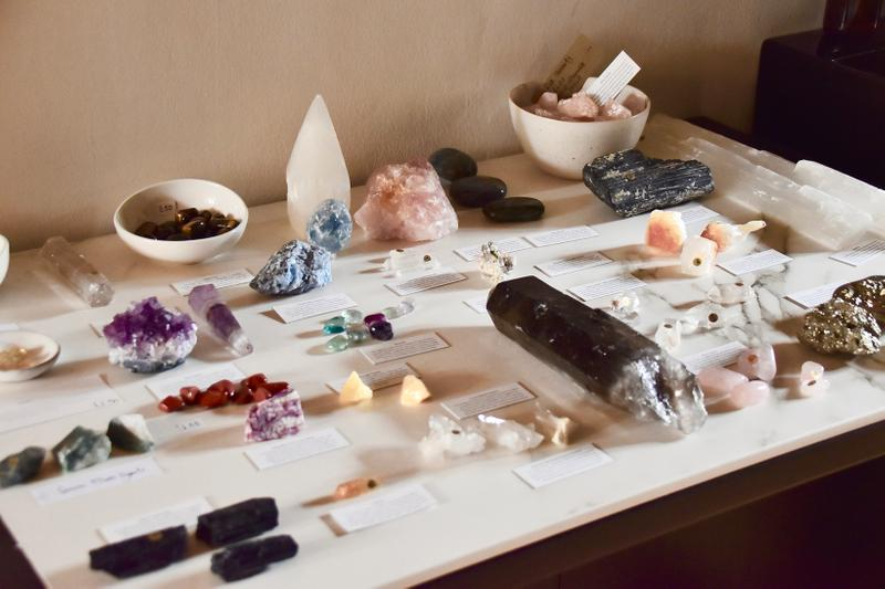 Still East London Shoreditch Dalston Salon Crystal Healing Reiki Aura Cleanse Facial Review