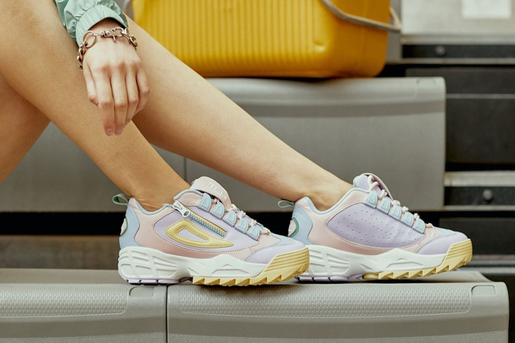 detailed look 1be0a a3970 FILA Merges Classic Elements With Modern Pastel Accents For the Latest  Disruptor 3 Zip