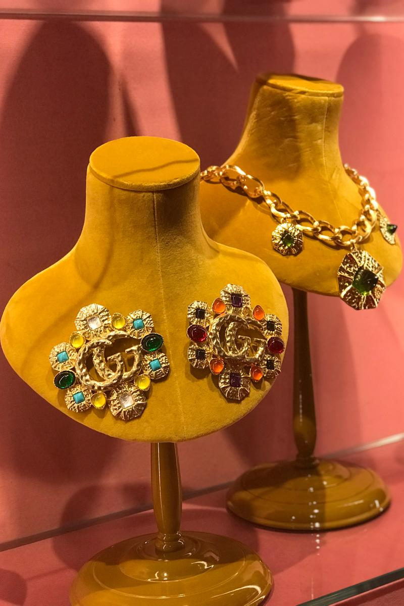 Gucci Fall Winter 2019 Collection Pins Necklace Gold