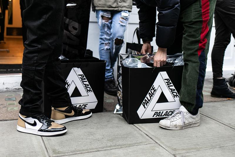Palace Store Bags White Black