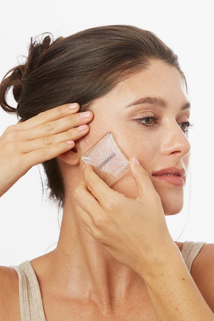 Tweezerman Microderm Exfoliation Tool Review Skincare Beauty Clear Skin Exfoliator Routine Texture
