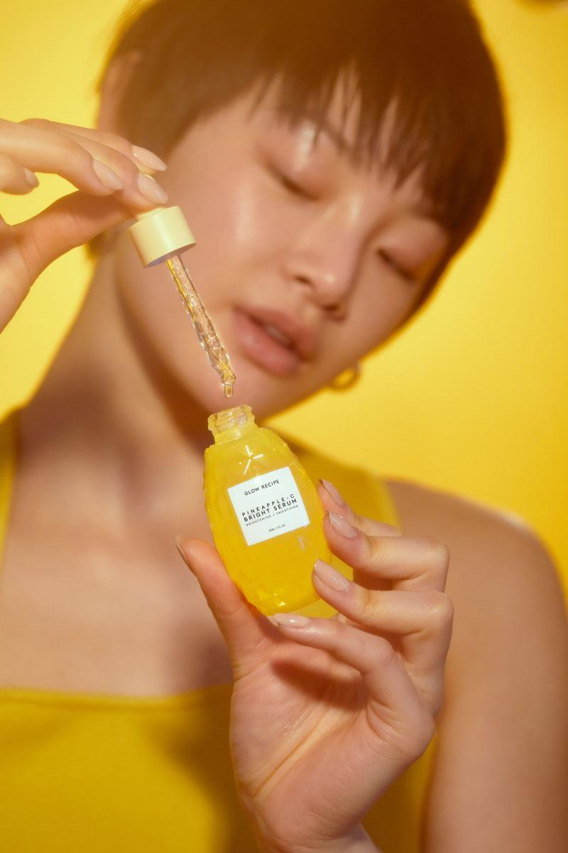 Glow Recipe Pineapple Vitamin C Serum