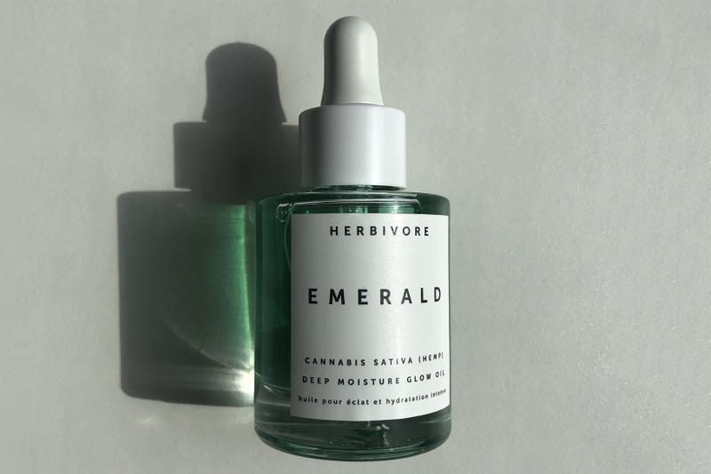 Herbivore Botanicals Emerald Deep Moisture Glow Cannabis Sativa Hemp Face Oil Review