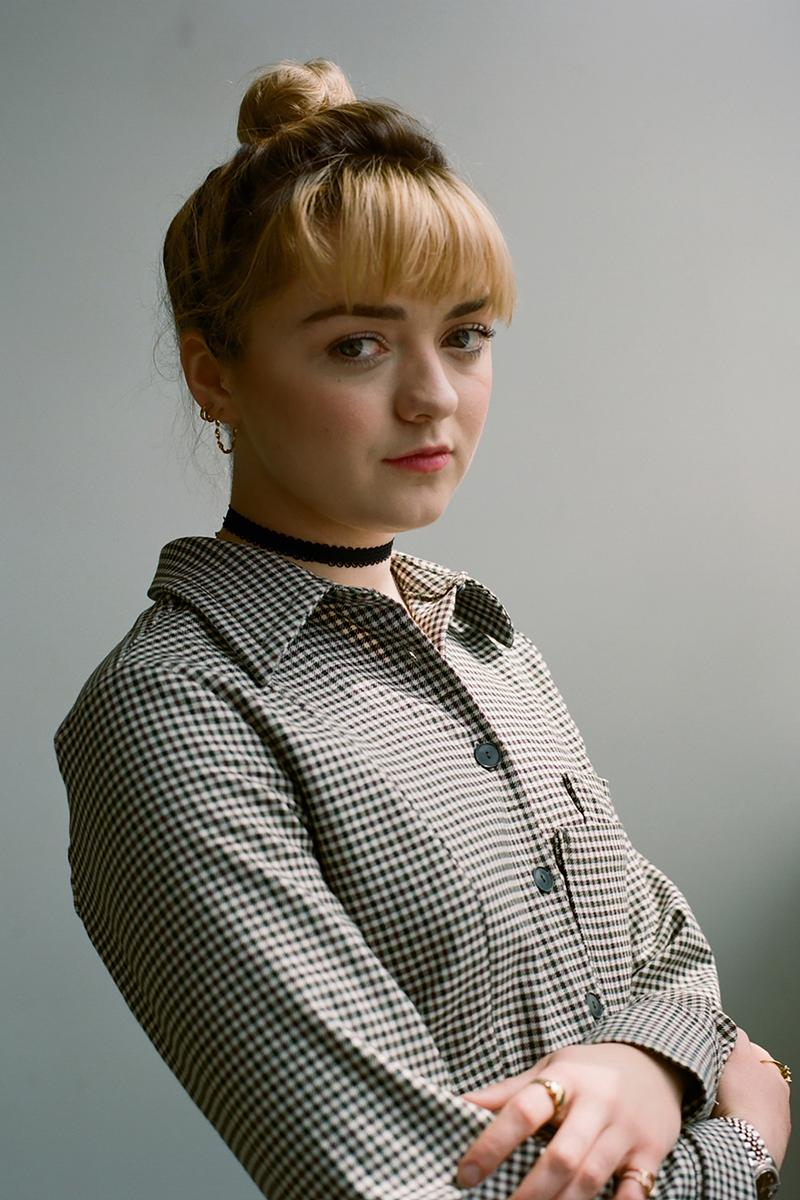 Maisie Williams Shirt Grey