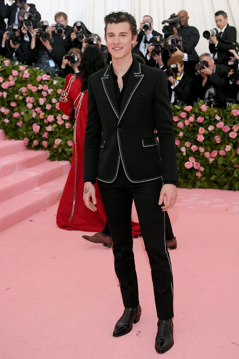 Shawn Mendes Met Gala 2019 Red Carpet Camp Notes on Fashion Black Suit