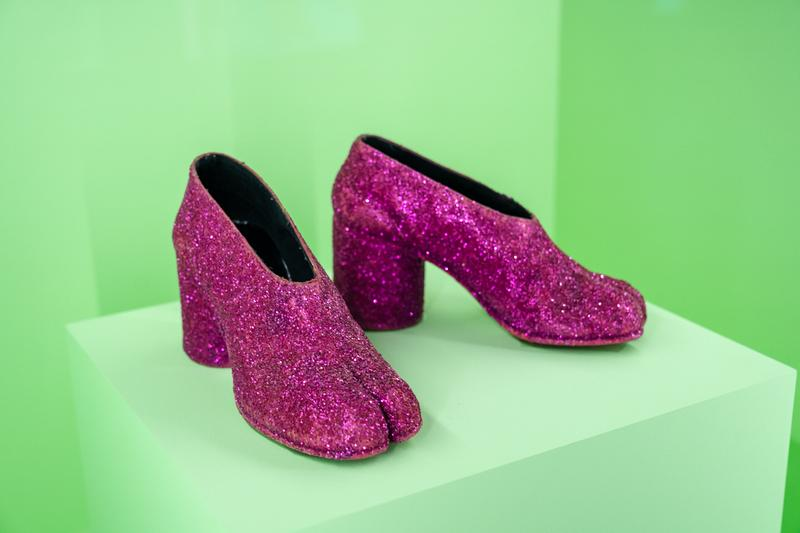 Metropolitan Museum of Art Spring 2019 Camp Notes on Fashion Exhibition Maison Margiela Tabi Shoes Pink Black