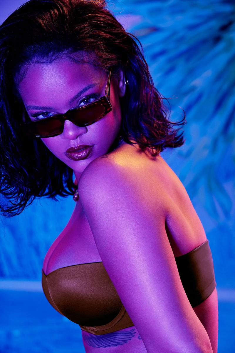Rihanna Savage X Fenty Strapless Bra