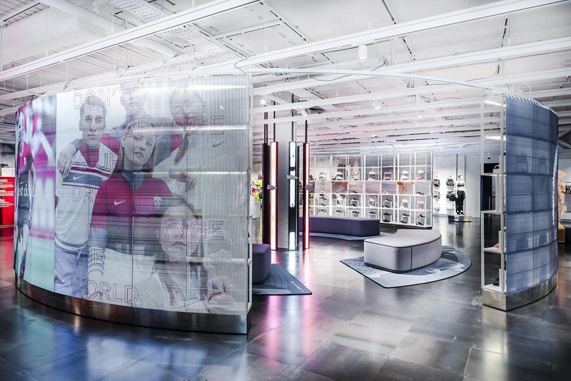 NikeTown London Opens New Inclusive Women's Space Sportswear Fashion Size Inclusive Mannequin Disabled Athlete Running Blade