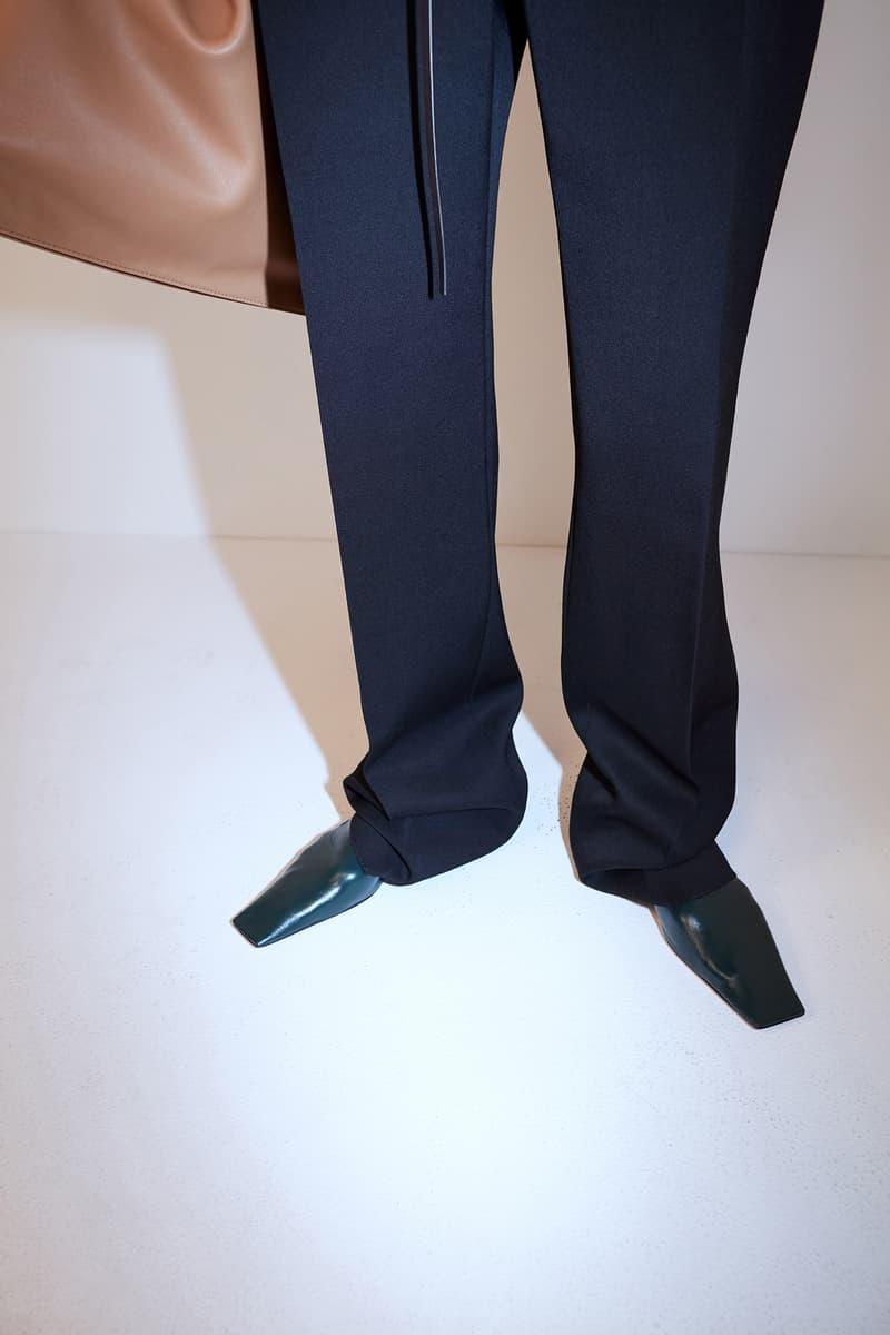 bottega veneta pre spring 2020 lookbook daniel lee leather bag footwear