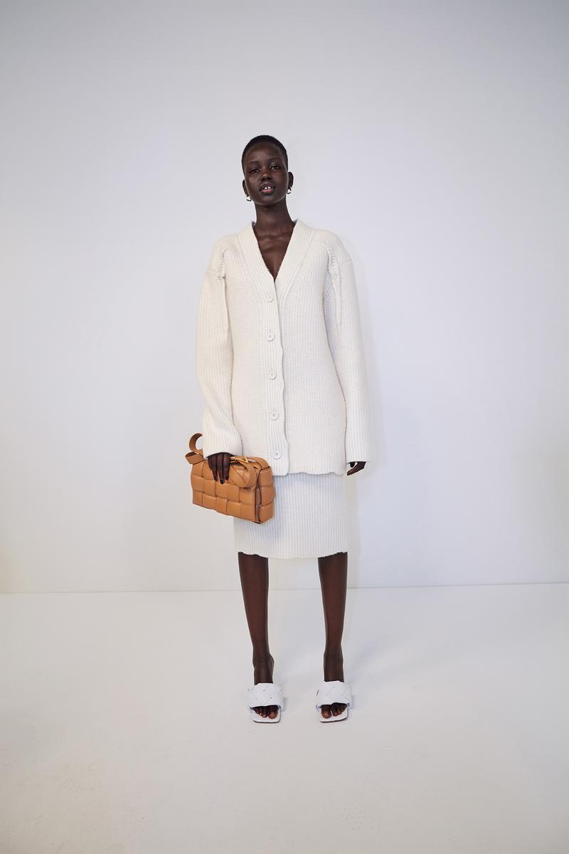 bottega veneta pre spring 2020 lookbook daniel lee leather bag footwear adut akech