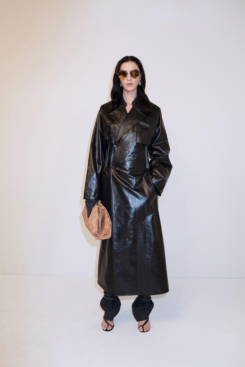 bottega veneta pre spring 2020 lookbook daniel lee leather bag footwear coat sunglasses
