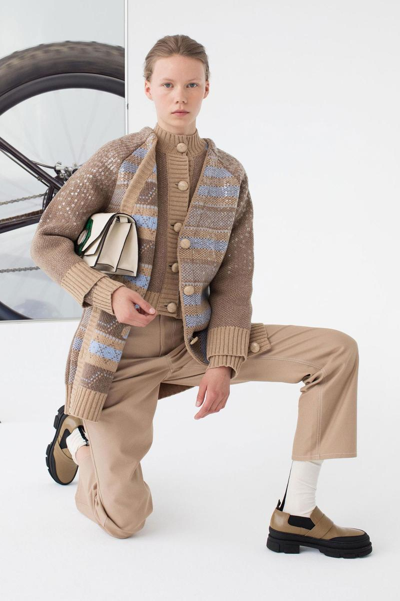 GANNI Pre-Spring 2020 Collection Lookbook Beige Khaki Tan Taupe Sand Trench Coat Jacket Silk Scarf Hat Beret