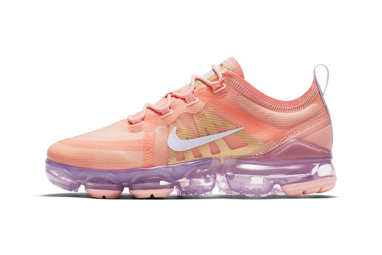 99d0989e02f10 Nike's Coral and Lilac Air VaporMax Is a Pastel Two-Tone Beauty