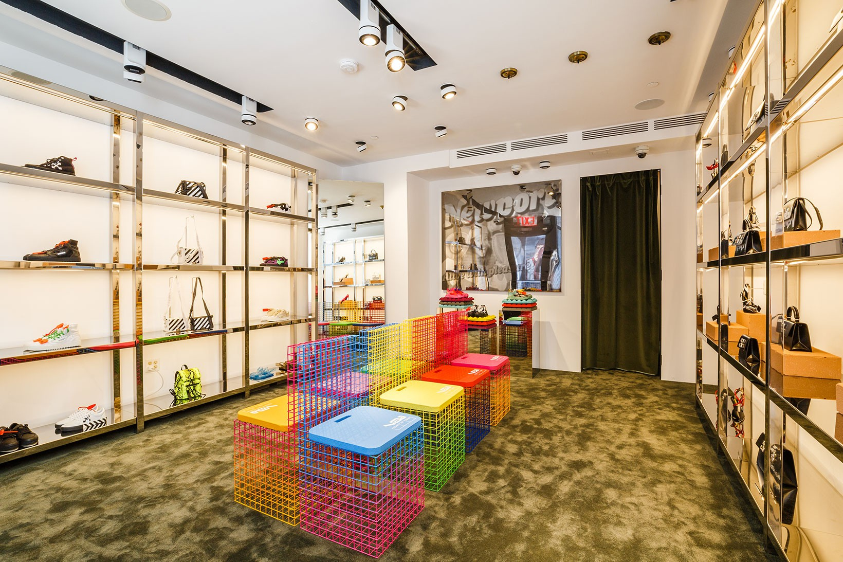 Off,White Opens Accessories Pop,Up in SoHo NYC