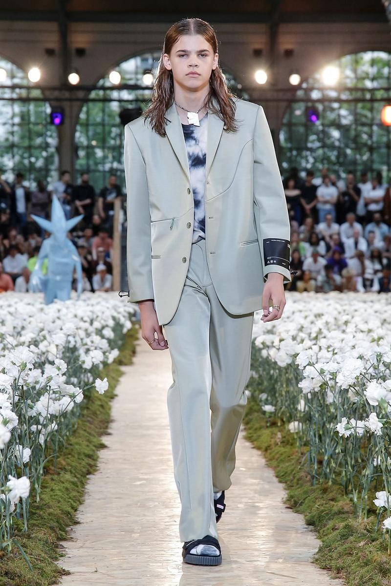 Off-White Virgil Abloh Spring Summer 2020 Paris Fashion Week Show Collection Backstage Suit Blazer Pants Green