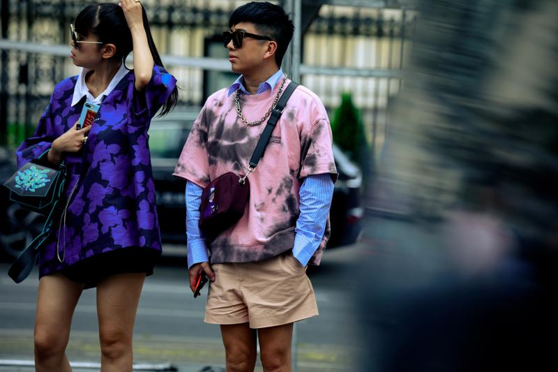Paris Fashion Week Men's Spring Summer 2020 Street Style Shirts Purple Pink Blue Shorts Tan