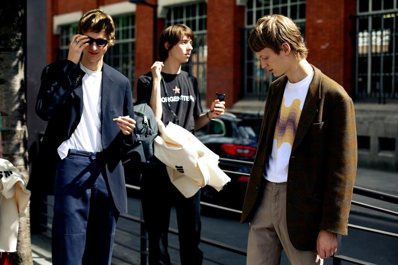 Paris Fashion Week Men's Spring Summer 2020 Street Style Jackets Blue Brown