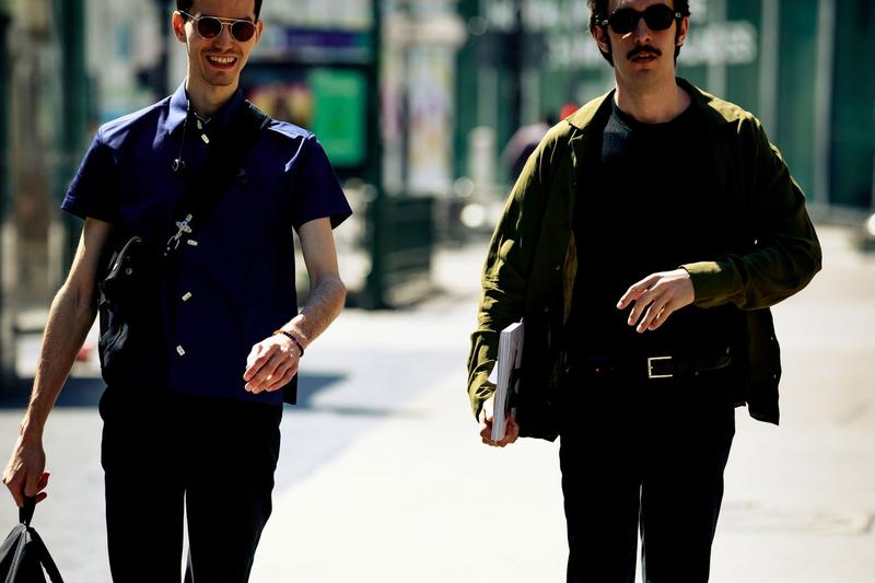 Paris Fashion Week Men's Spring Summer 2020 Street Style Shirt Blue Jacket Black